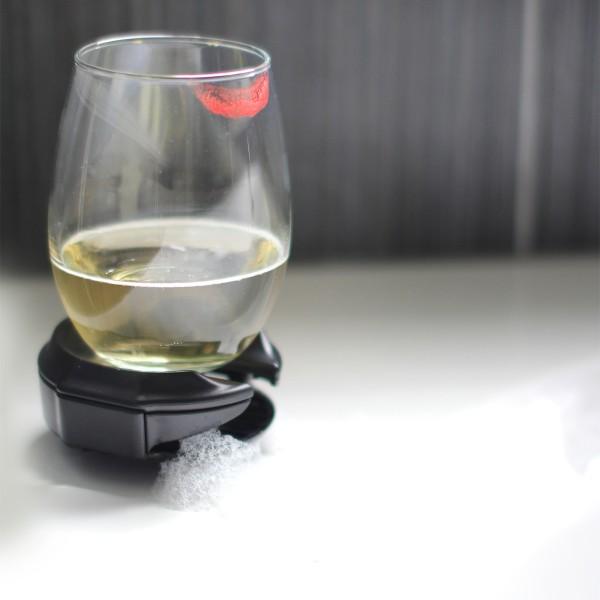 Wine glass holder for bath tub or hottub 1200x1200